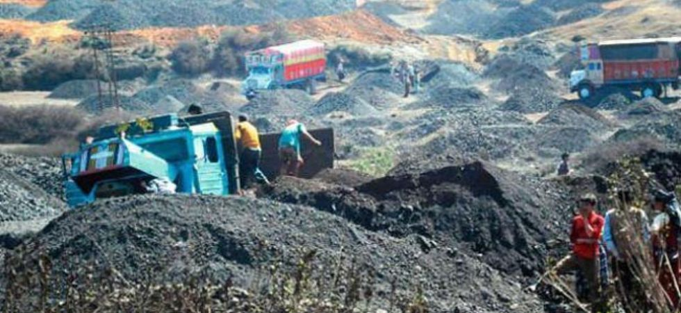 Over 5,000 children abandon education in mica mines of Jharkhand, Bihar. (File Photo)