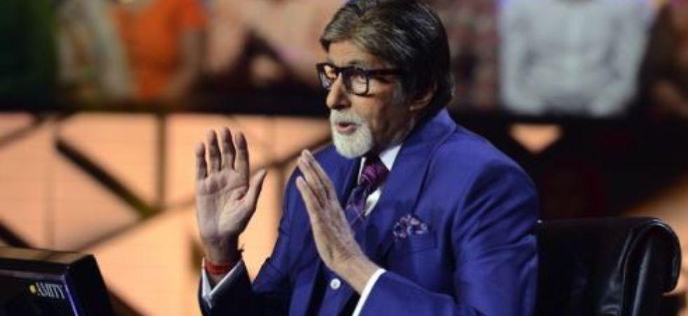 Amitabh Bachchan on the sets of KBC 11. (Image: Amitabh Bachchan/ Tumblr)