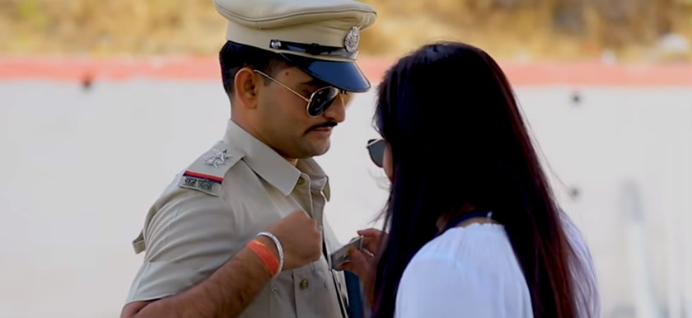Rajasthan cop has landed in trouble for his pre-wedding shoot (Image: ScreenGrab)