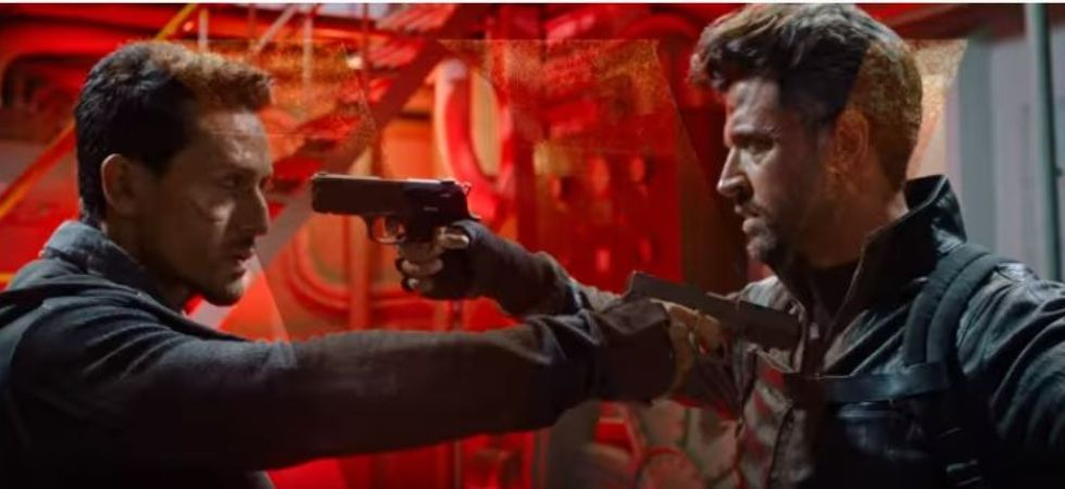Hrithik and Tiger in a still War (Pic courtesy: YouTube)