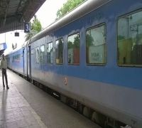 Railways to offer up to 25 per cent discount on some Shatabdi, Tejas trains: Official