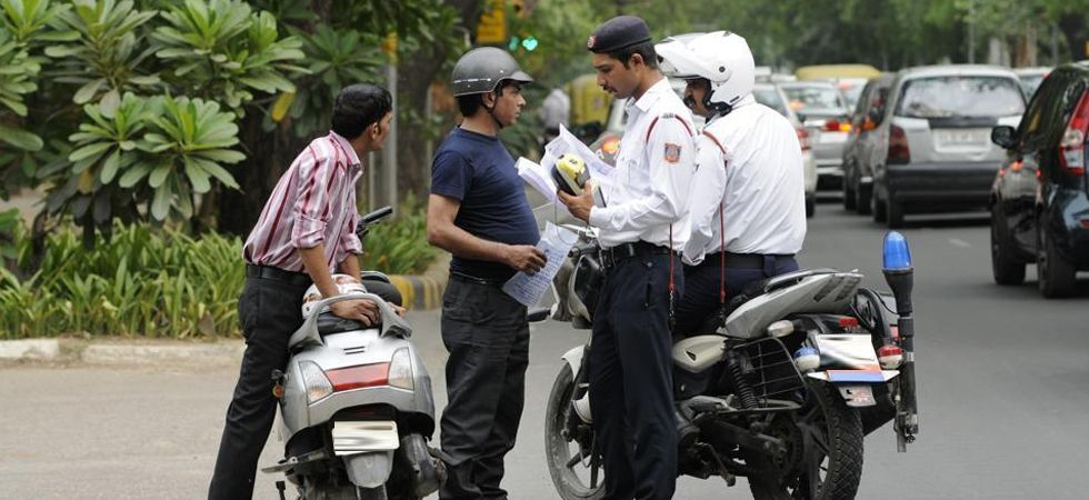 Delhi Traffic Police issues nearly 3,900 challans on first day after new Motor Vehicle Act (file photo)