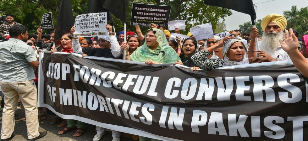 Sikh community protest over forceful conversion of minorities in Pakistan (Photo Source: PTI)
