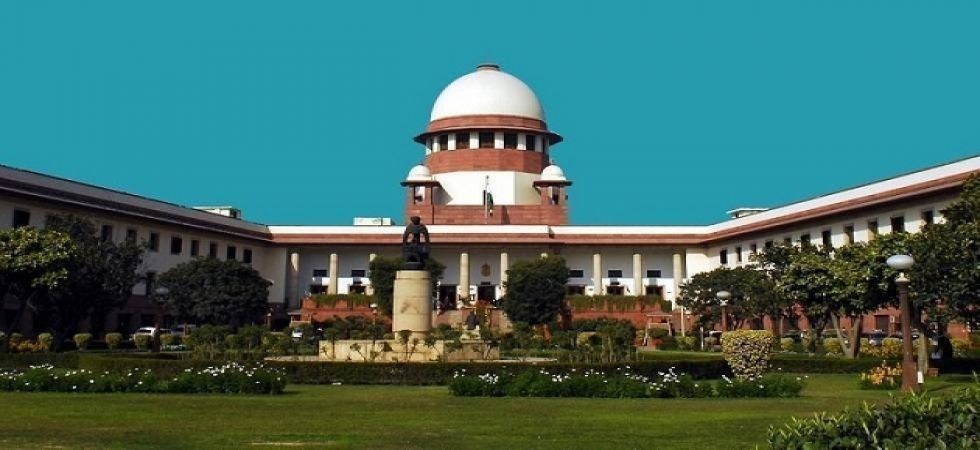 Supreme Court dismisses petition seeking to stop MPs and MLAs working as lawyers
