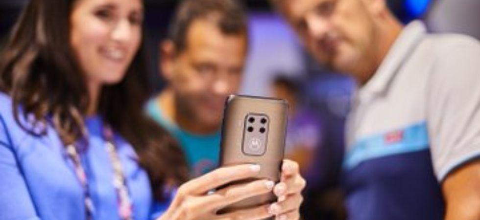 Motorola One Zoom (Photo Credit: Twitter/@Lenovo)