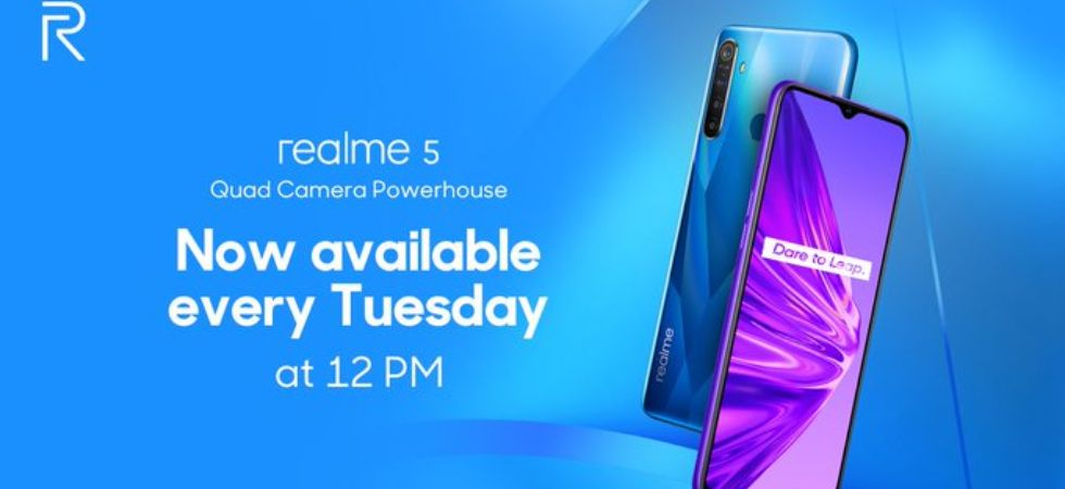 Realme 5 To Go On Flash Sale Every Tuesday At 12 PM (Photo Credit: Twitter/@realmemobiles)