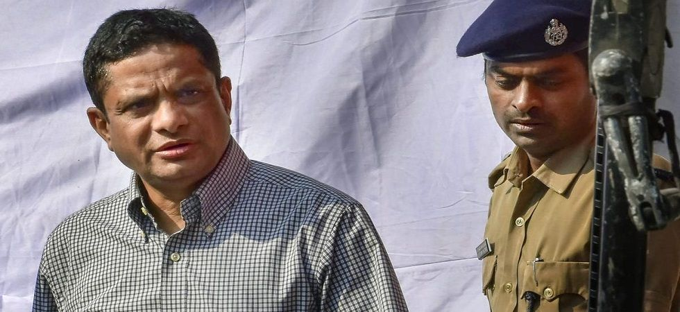 CBI lawyer claimed that IPS officer Rajeev Kumar is not cooperating with it in the probe. (File Photo)