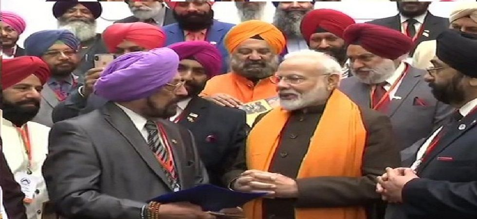 One of the delegates of the Sikh community called the prime minister a 'tiger'. (Image Credit: ANI)