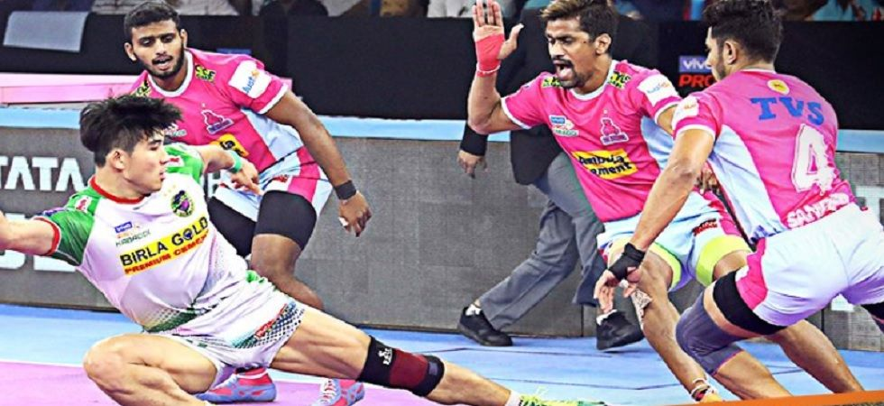 Pro Kabaddi League: Dabang Delhi Vs Bengaluru Bulls Match Ends In 39-39 Tie (Image credit: Twitter/ProKabaddi)