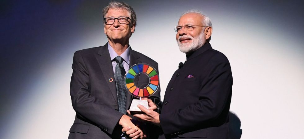 PM Modi was honoured with the award at the Lincoln Center of the Performing Arts. (Image: @NarendraModi)