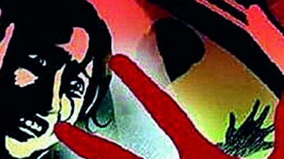 The girl told the police that during her school holidays in May-June, 2019 her father sexually assaulted her. (Representational Image)