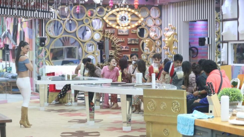 Bigg Boss 13 Day 1: 'Malkin' Ameesha Patel Comes Home And Reveals A Secret