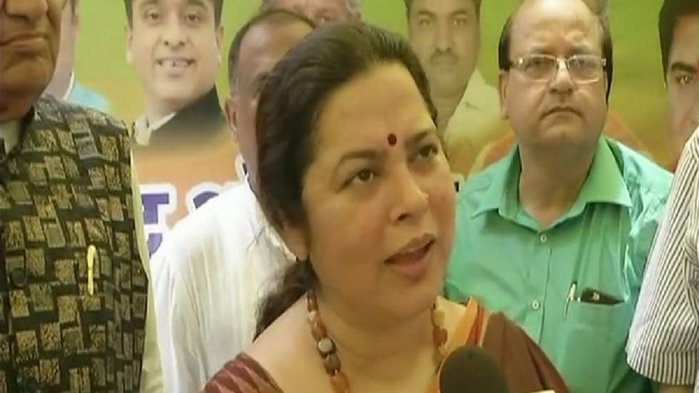 Meenakshi Lekhi alleged that some families who ruled Kashmir during the last few years have cheated them. (File Photo/ANI)