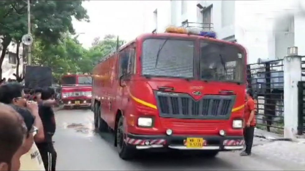 Kolkata: Fire breaks out at Baisakhi mall in Salt Lake, three fire tenders rushed to spot
