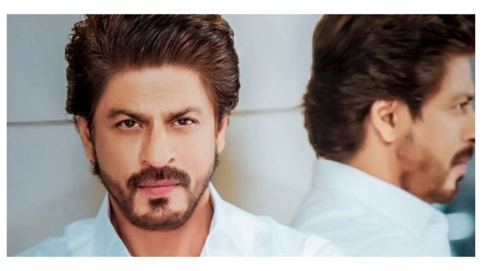 SRK Gives The Wittiest Answer To Fan During #AskSrk Session