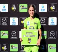 At 16 Years And 185 Days, This Girl Creates New Record In Women's Big Bash League