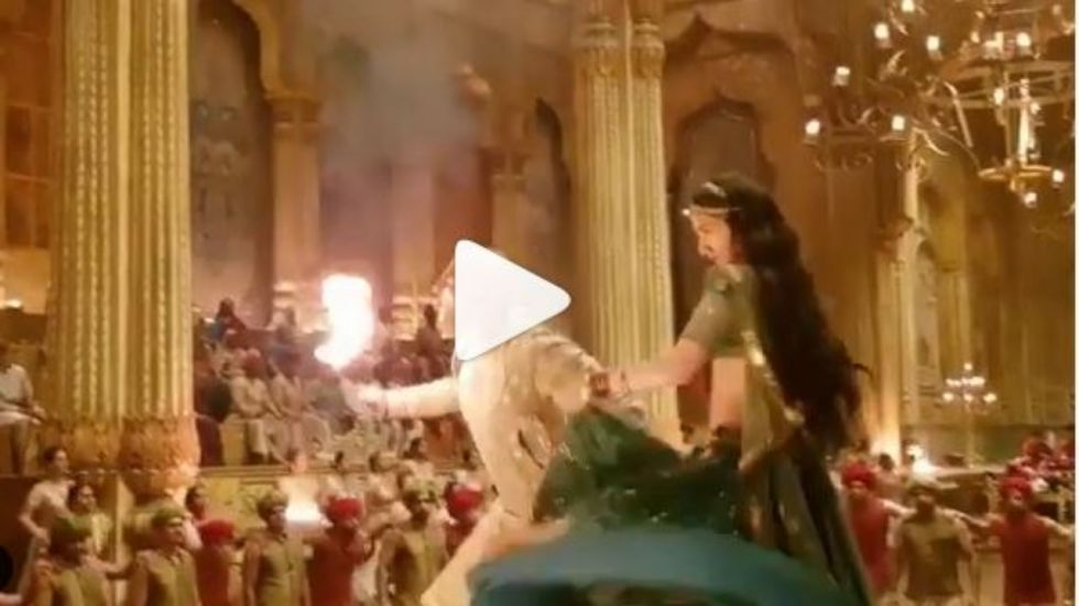 WATCH: Kriti Sanon ALMOST Sets Herself On Fire While Shooting For Housefull 4