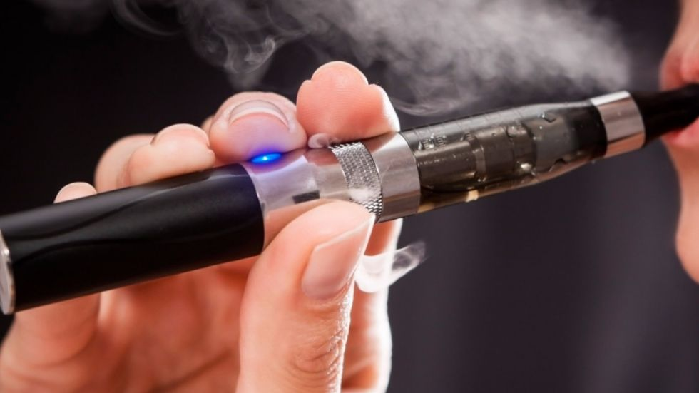 Teens Using Flavoured E-Cigarettes More Likely To Become Long Term Users.