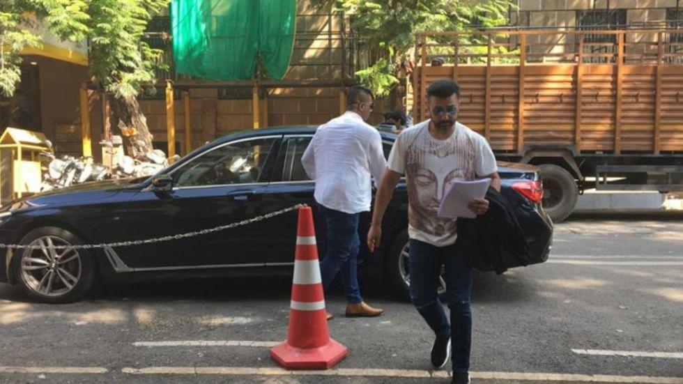 Iqbal Mirchi Case: Shilpa Shetty's Husband Raj Kundra Reaches ED Office For Interrogation