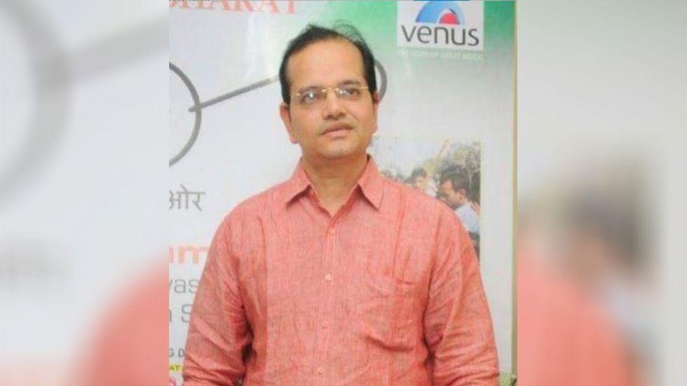 Bollywood Producer Champak Jain Dies.