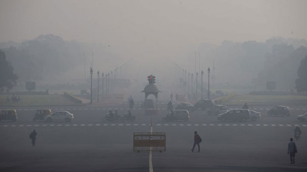 The average AQI of 18 cities fell between 300 and 400, which comes in the 'very poor' category.