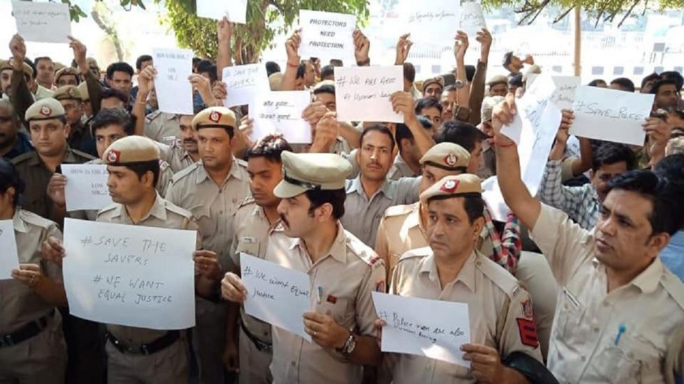 Delhi Police personnel are staging protests.