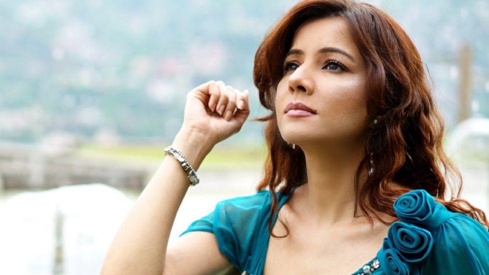 Pakistani Singer Rabi Pirzada Who Threated PM Modi With Snakes Quits 'Showbiz'