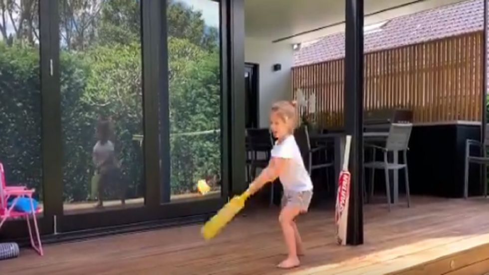 Ivy Mae, the daughter of David Warner and Candice, was seen playing cricket in the backyard and she said she wants to be like Virat Kohli.