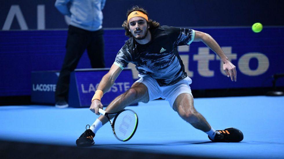 Stefanos Tsitsipas beat Roger Federer in straight sets