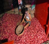 Cabinet Approves Import Of 1.2 Lakh Tonnes Of Onion To Ease Domestic Supplies: Sitharaman