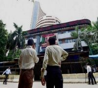 Closing Bell: Sensex gains 182 points to end at 40,652