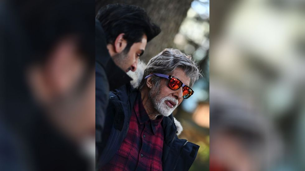 Amitabh Bachchan and Ranbir Kapoor are in Manali.