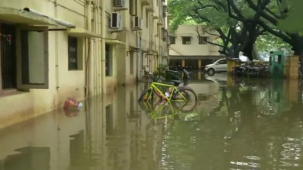 Heavy rains are likely to lash parts of Tamil Nadu and Puducherry today.