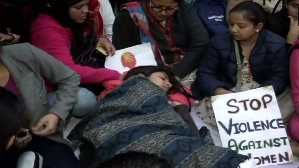 DCW chairperson Swati Maliwal continues her hunger strike at Jantar Mantar, demanding death penalty for convicts in rape cases within 6 months.