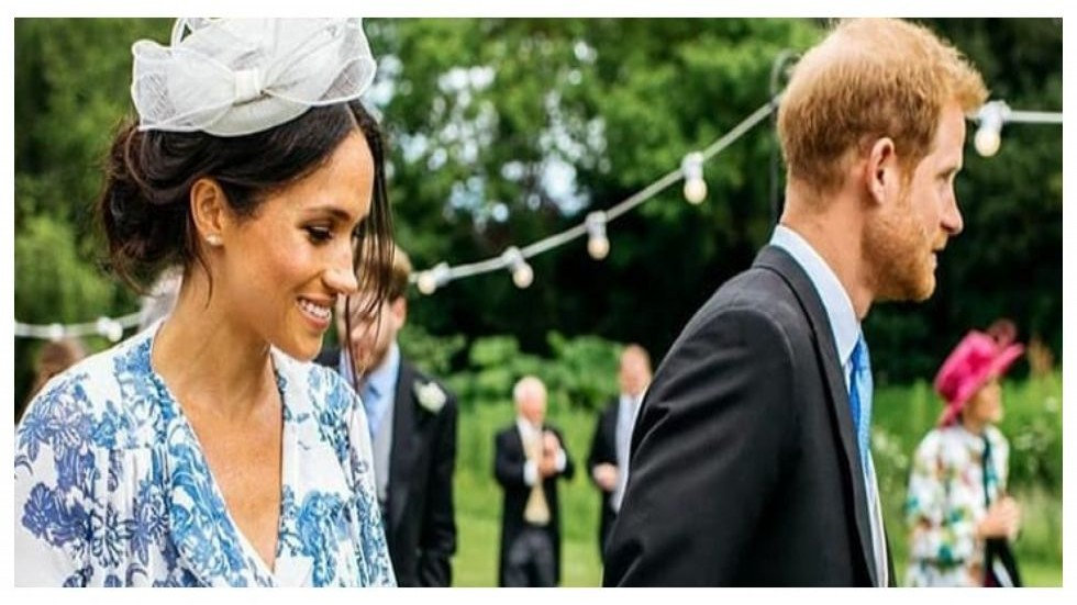 Britain Stunned As Prince Harry & Meghan 'Step Back' From Royal Roles