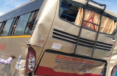 12 Amarnath pilgrims injured after two buses collide in J-K's Anantnag
