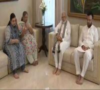 PM Narendra Modi visits residence of late Union minister Arun Jaitley, pays tribute