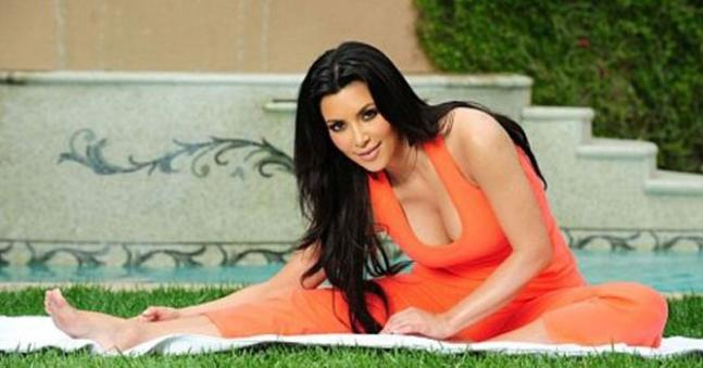 Bollywood, Hollywood celebs and their 'Yoga' moves