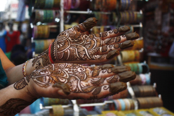 Karva Chauth 2016 Check Out Different Mehndi Designs Www