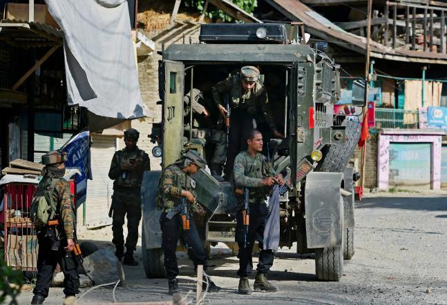 6 policemen killed as LeT terrorists ambush police party in J-K