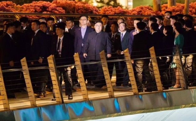 In pictures: Kim Jong-un surprise night-time Singapore tour ahead of Trump Kim Summit