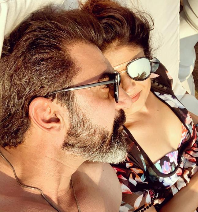 Newly weds Pooja Batra and Nawab Shah vacation pics has written LOVE all over