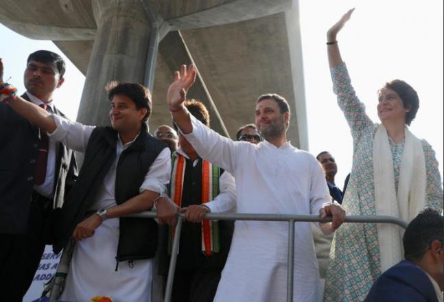 Priyanka Gandhi roars into UP with mega roadshow to woo voters ahead of Lok Sabha Elections 2019