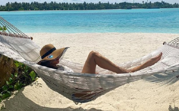 Sophie Choudry latest Maldives vacation pics will leave you stunned