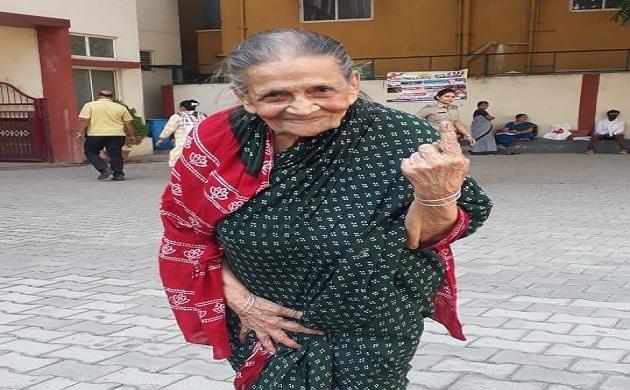Lok Sabha Polls 2019: These seniors show how to nurture India's vibrant democracy