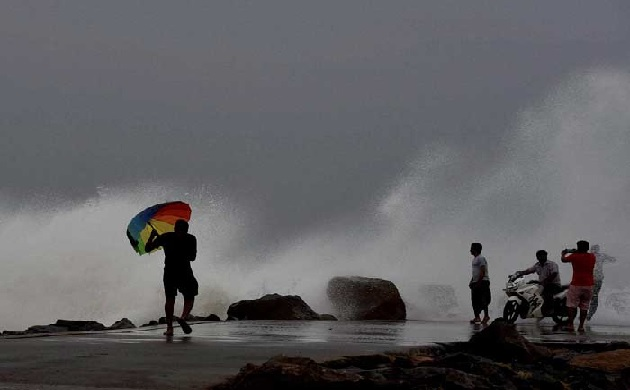 Cyclone 'Fani': Here are do's and don'ts during calamity