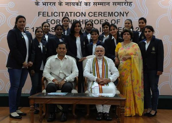 This is how PM Modi lauded Asiad athletes on breakfast