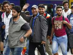 Humanity! Germany and Austria welcome Syrian refugees