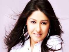 Top 5 award winning songs of birthday girl Sunidhi Chauhan