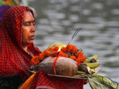 Chhath Puja 2017: All you need to know about the ancient festival dedicated to Sun God